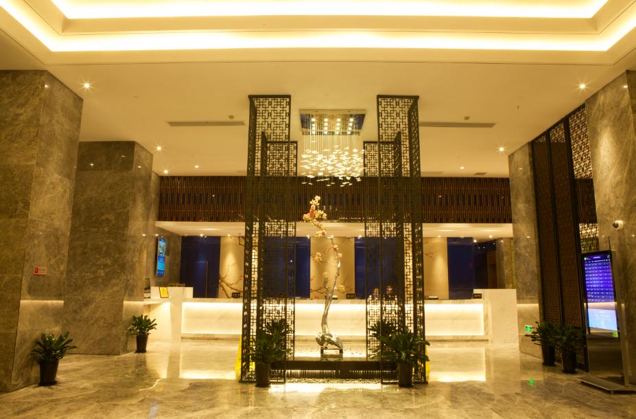 MANHATTAN HOTEL PUJIANG