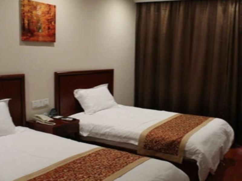 GreenTree Inn Jiangsu Xuzhou Peixian Bus Station Tangmu Road Business Hotel