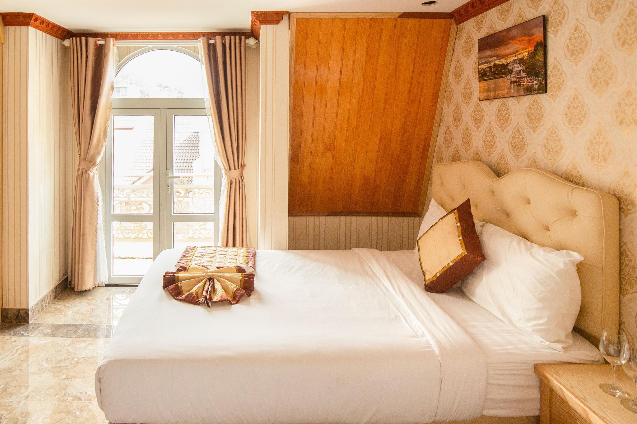Hong Man Dalat Hotel