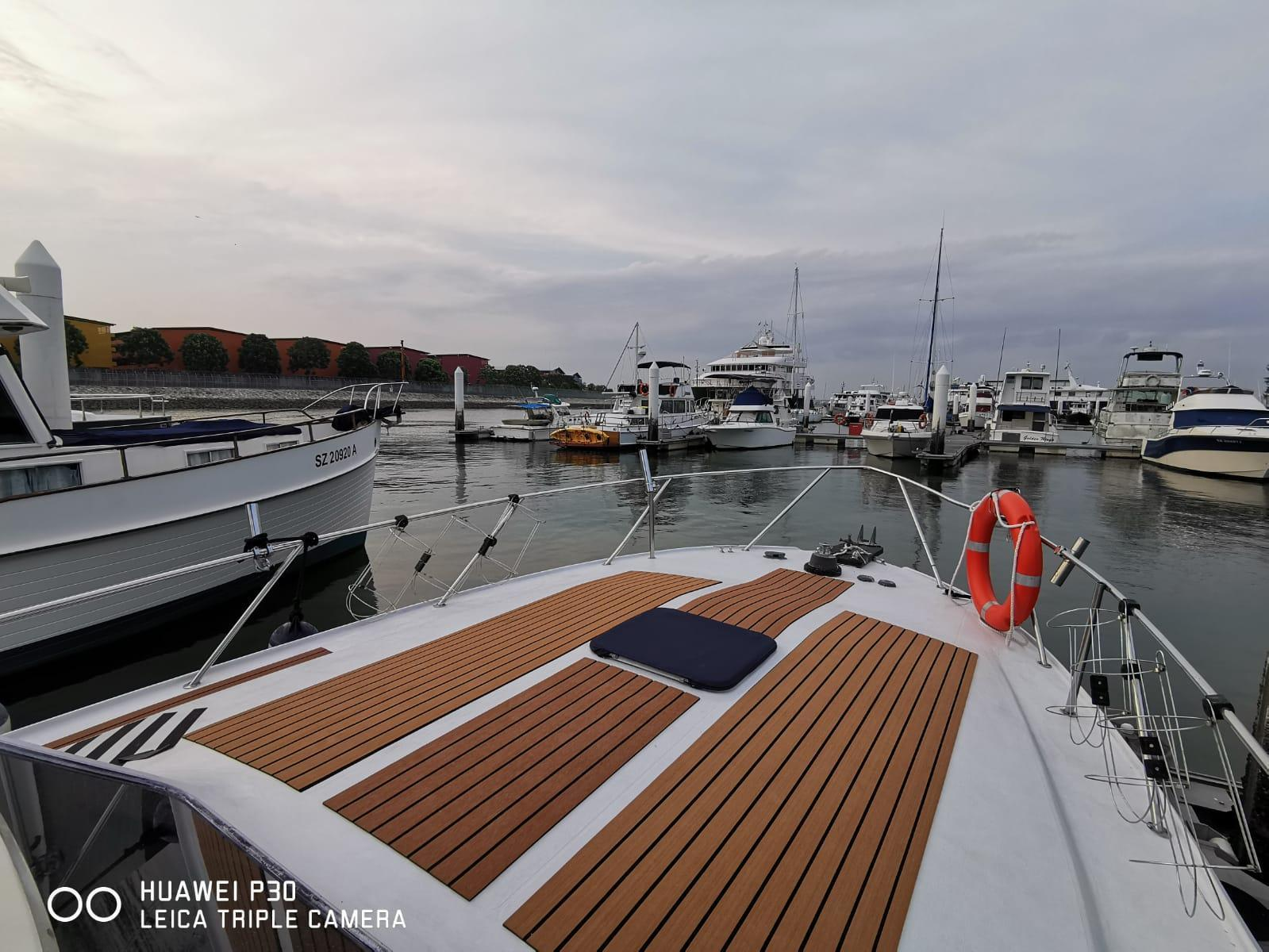 SeaGazers @ Marina Waterfront