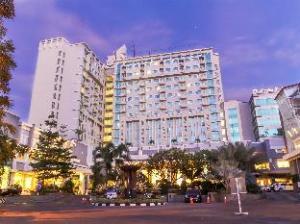 그랜드 클라리온 호텔 앤 컨벤션  (Grand Clarion Hotel and Convention)