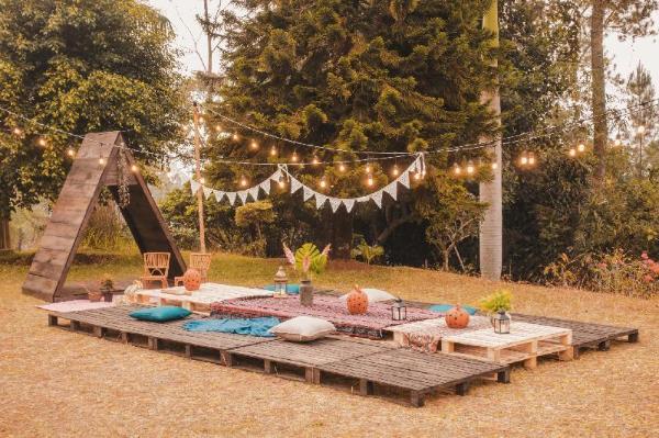 Villa Casablanca - Luxury Bohemian Gathering Puncak