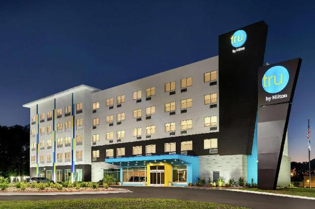 Budget Hotel in Florence (SC) : Tru by Hilton Florence I ...