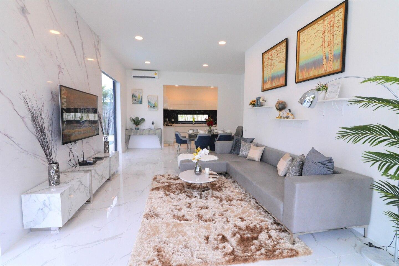 Villa Pattaya Post-modern group Suitable @palmc19 วิลลา 4 ห้องนอน 3 ห้องน้ำส่วนตัว ขนาด 300 ตร.ม. – เขาพระตำหนัก