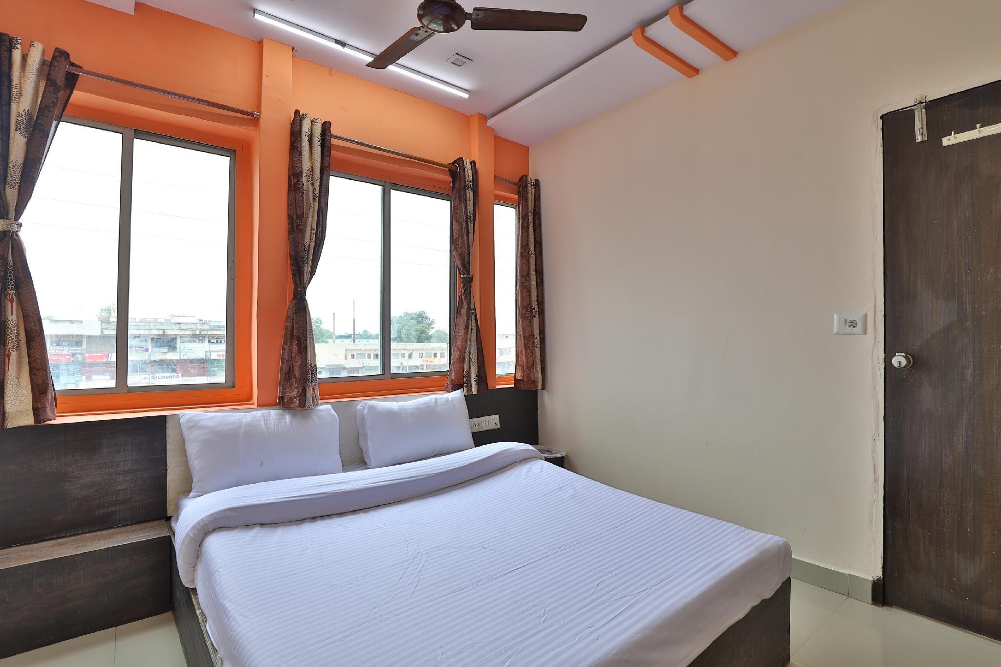 SPOT ON 47037 Hotel Liva