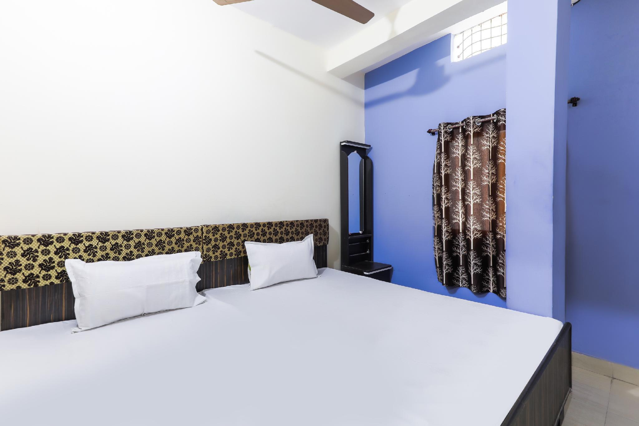 SPOT ON 42506 Hotel Anmol Palace
