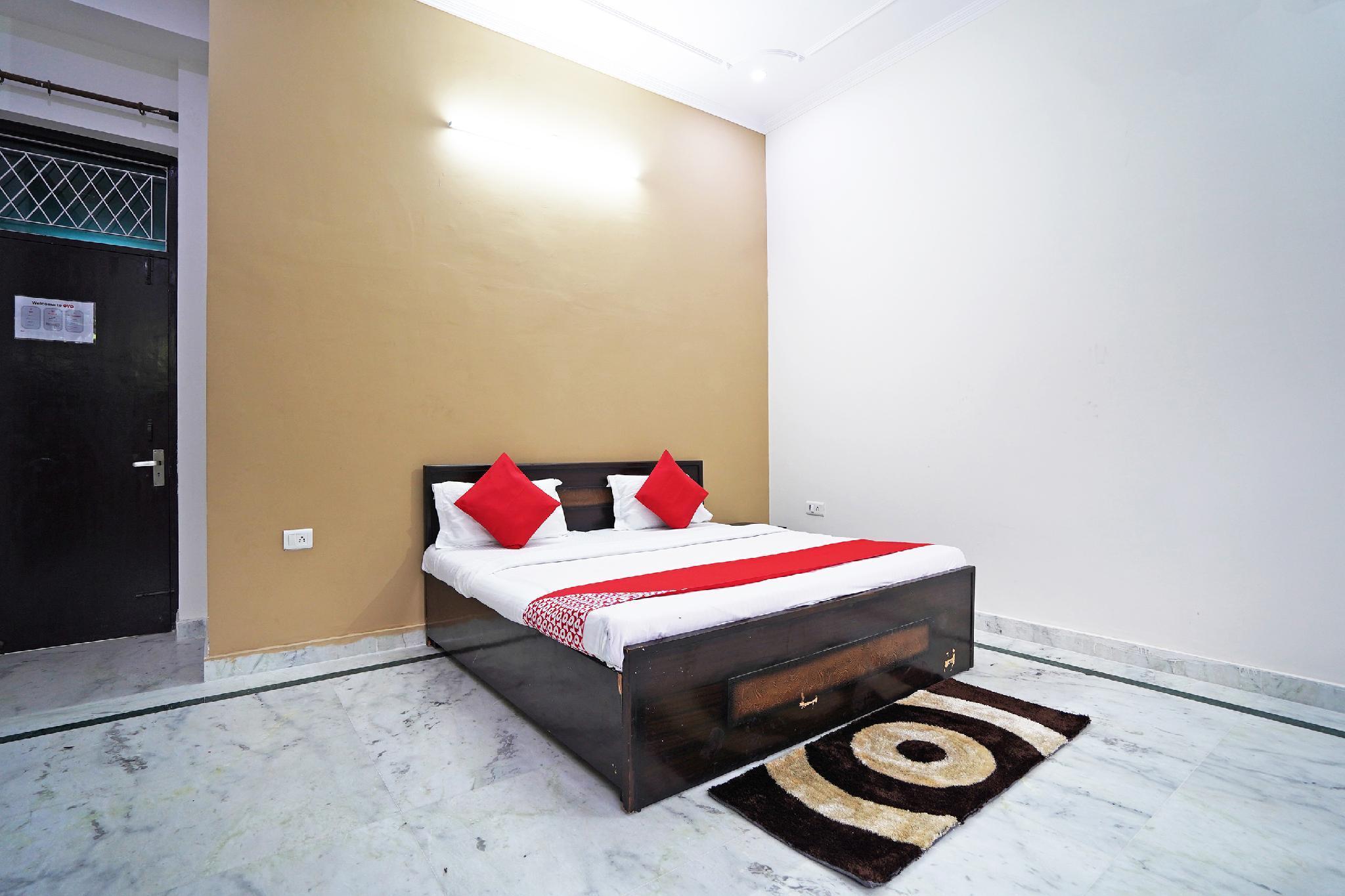 OYO 46425 Krishna Vedanand Residency
