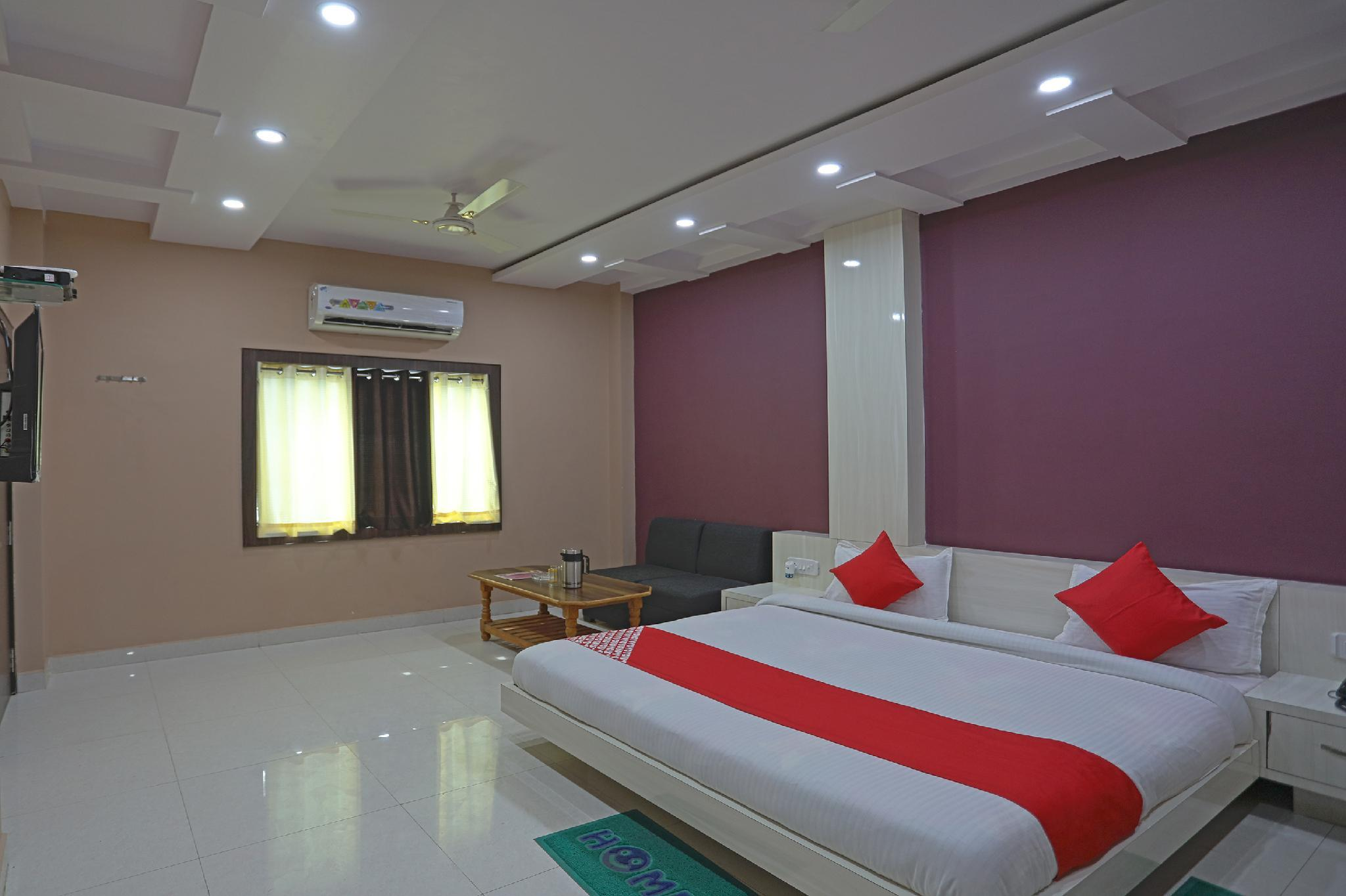 OYO 49833 Hotel Tulsi Chhaya Inn
