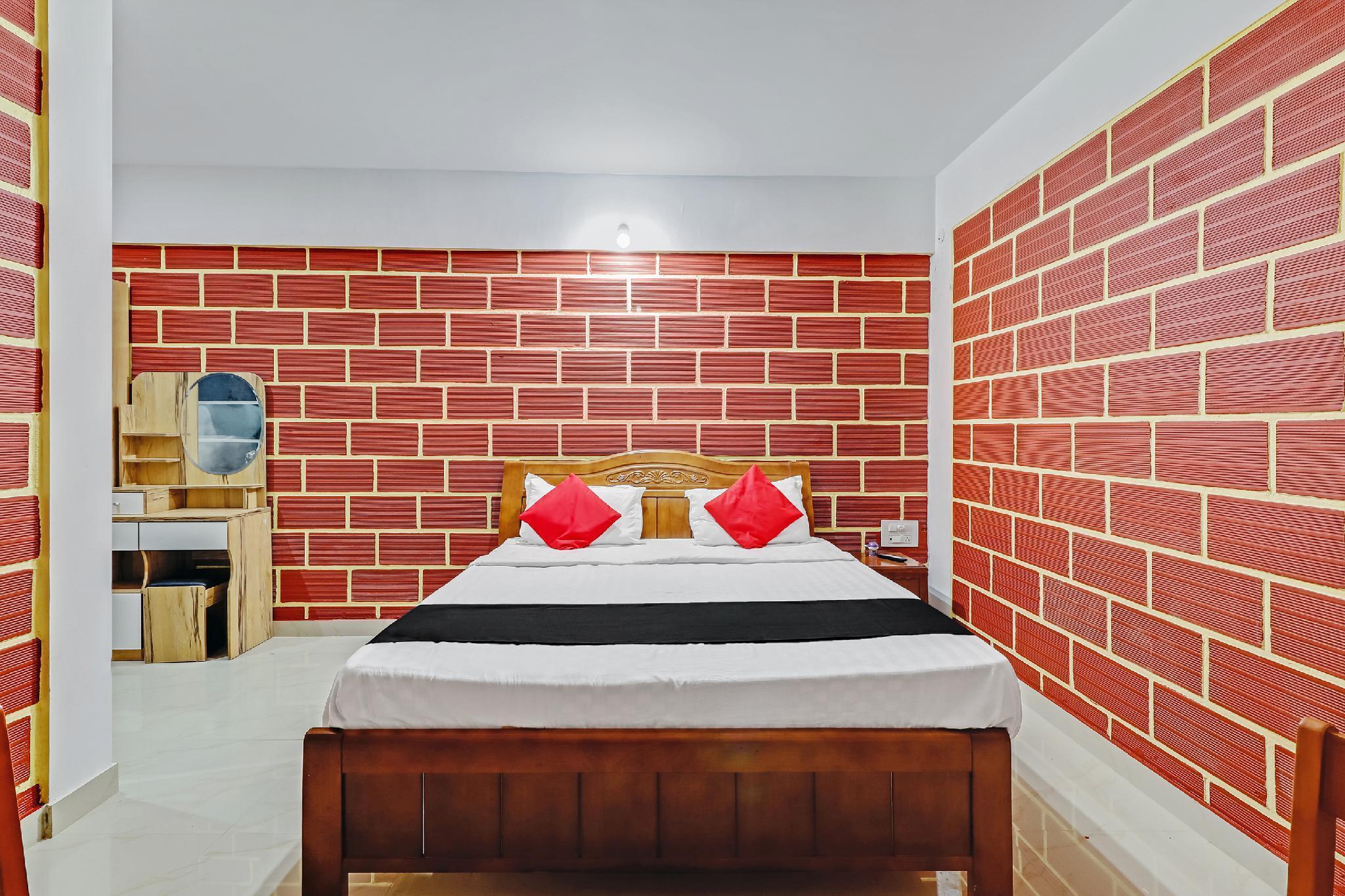 Capital O 60010 Royal Heritage Resort
