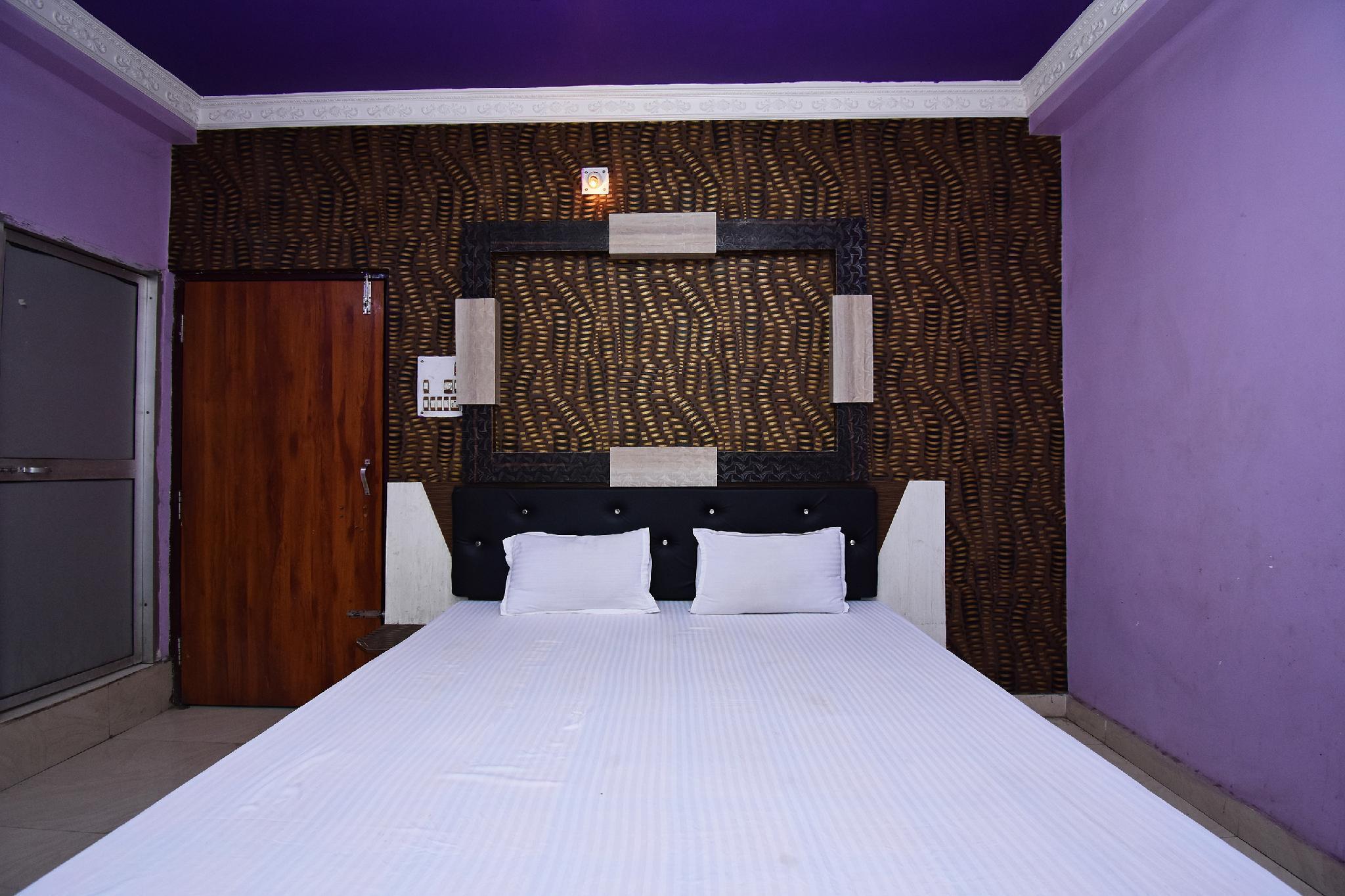 SPOT ON 45728 Hotel J B Residency