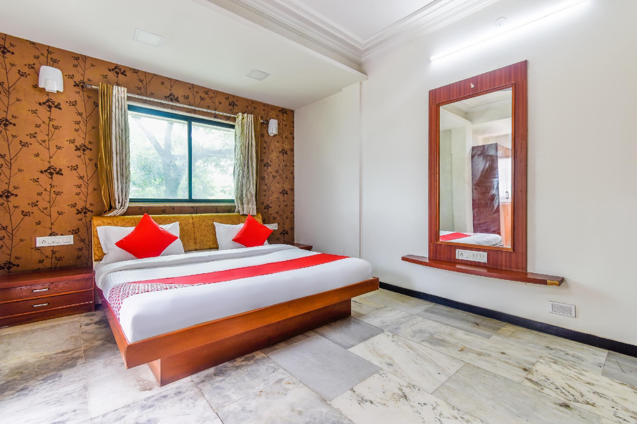 Capital O 45753 Hotel President Inn