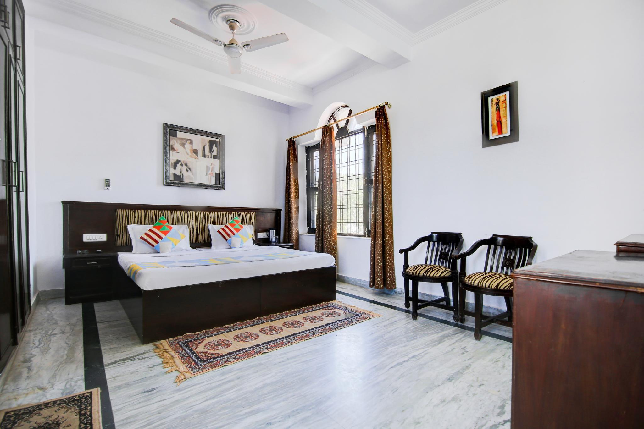 OYO 38720 Cosy Stay In Dehradun