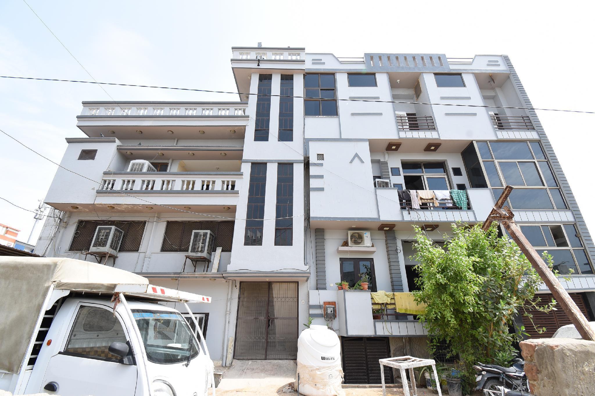 SPOT ON 43419 Punagar Place