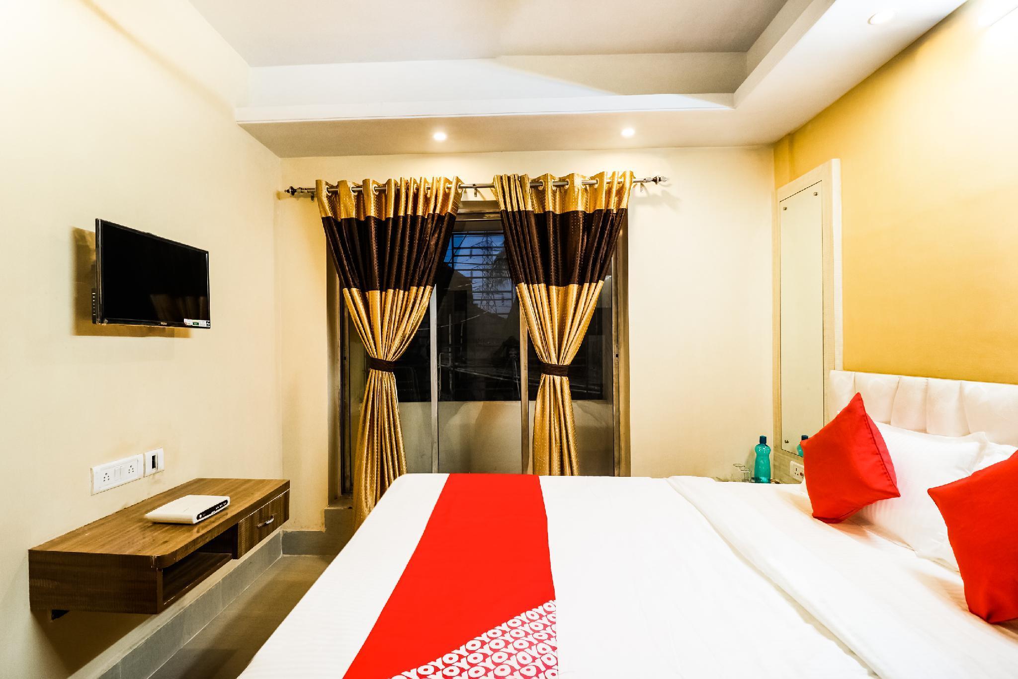 OYO 46115 Kuber Residency