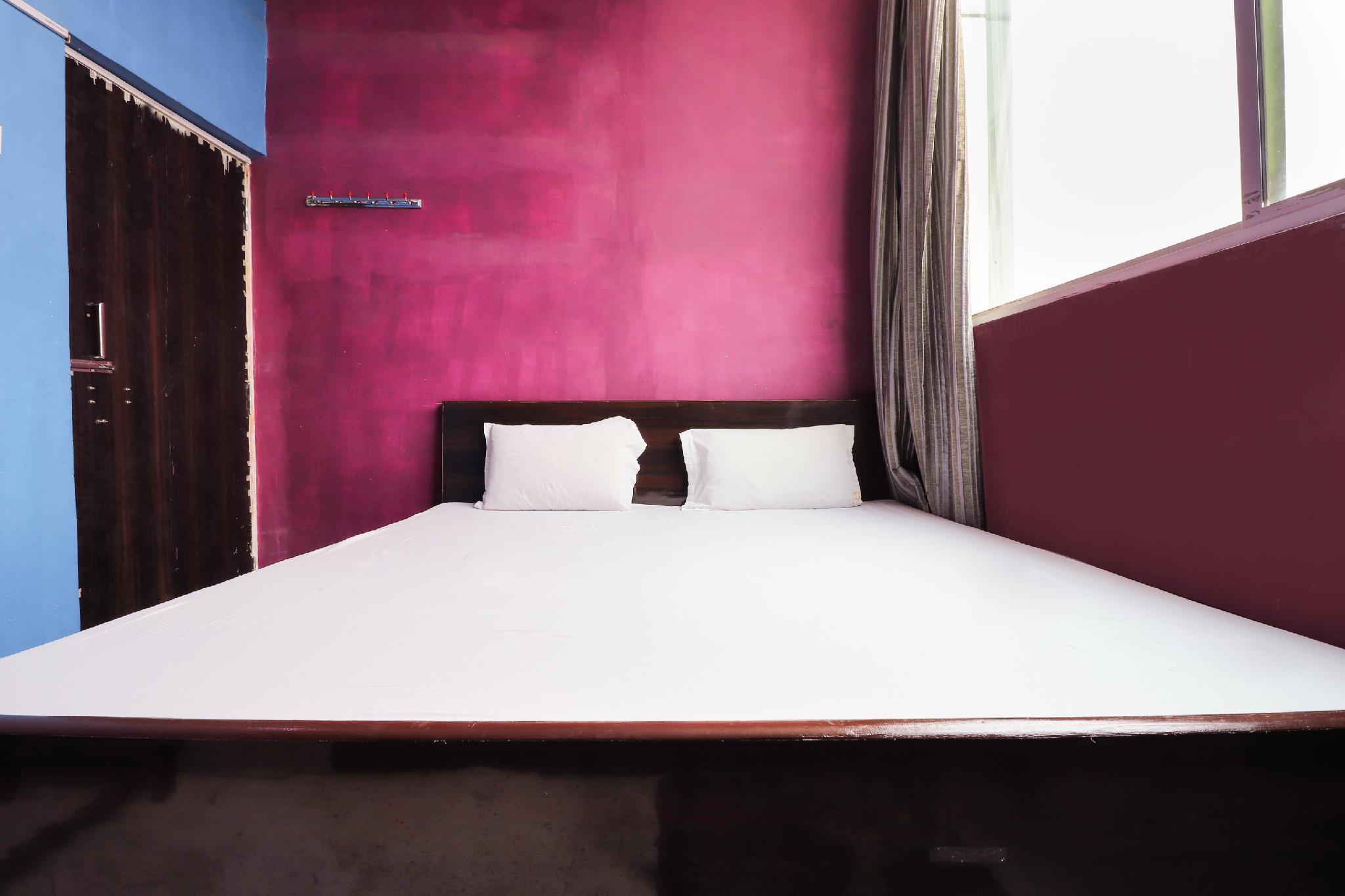 SPOT ON 48520 Hotel Shobhan