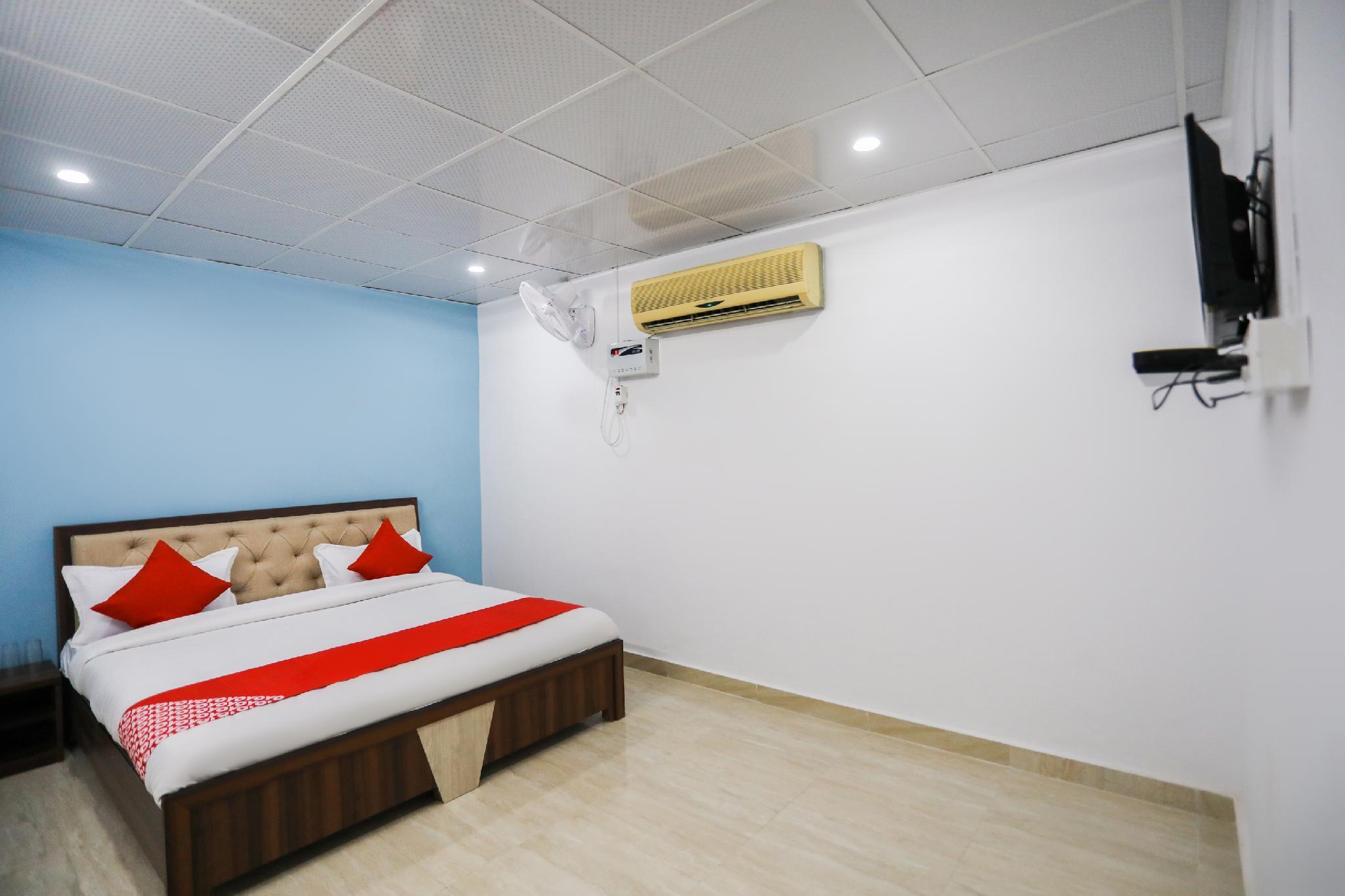 OYO 45508 Hotel Shehnai
