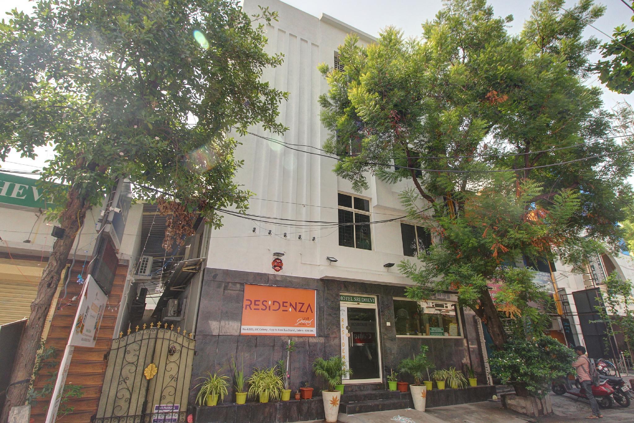 OYO 42645  Residenza Sri Dhevi
