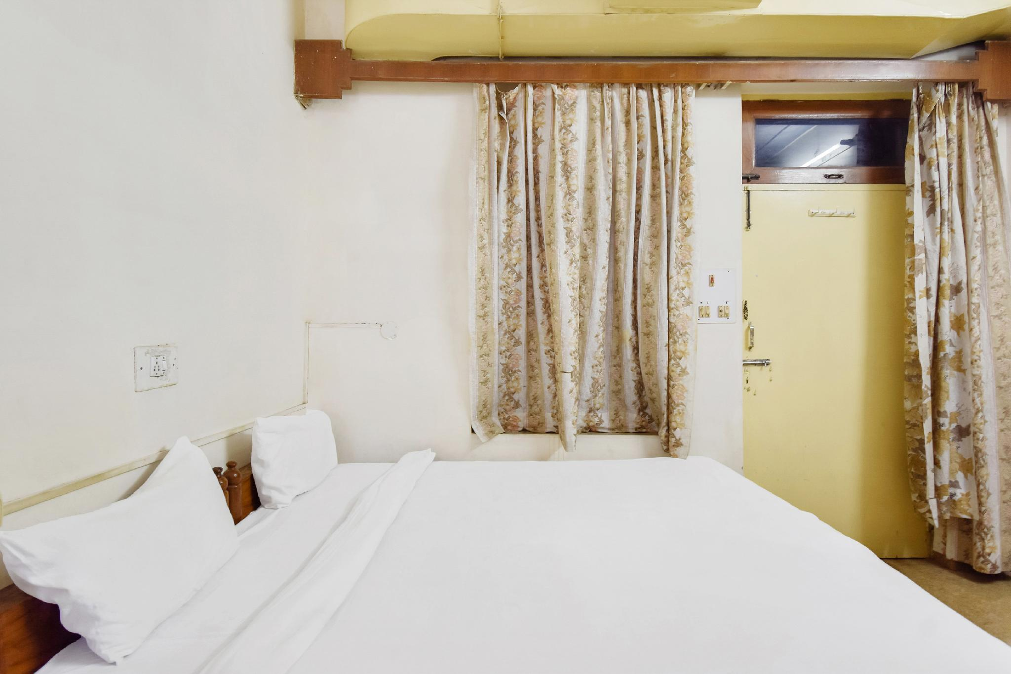 SPOT ON 47388 Dutta Guest House