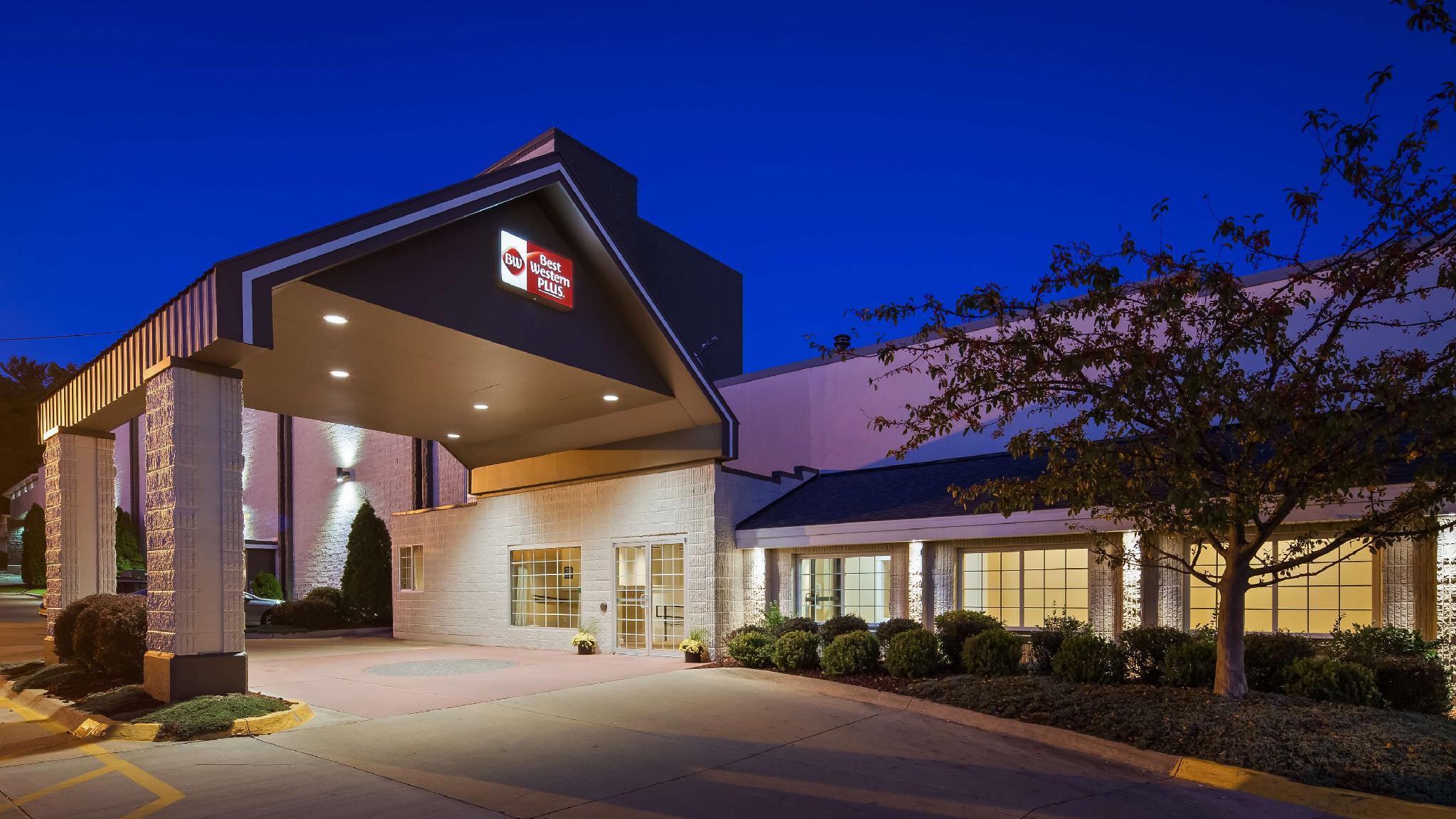 Best Western Plus Longbranch Hotel & Convention Center