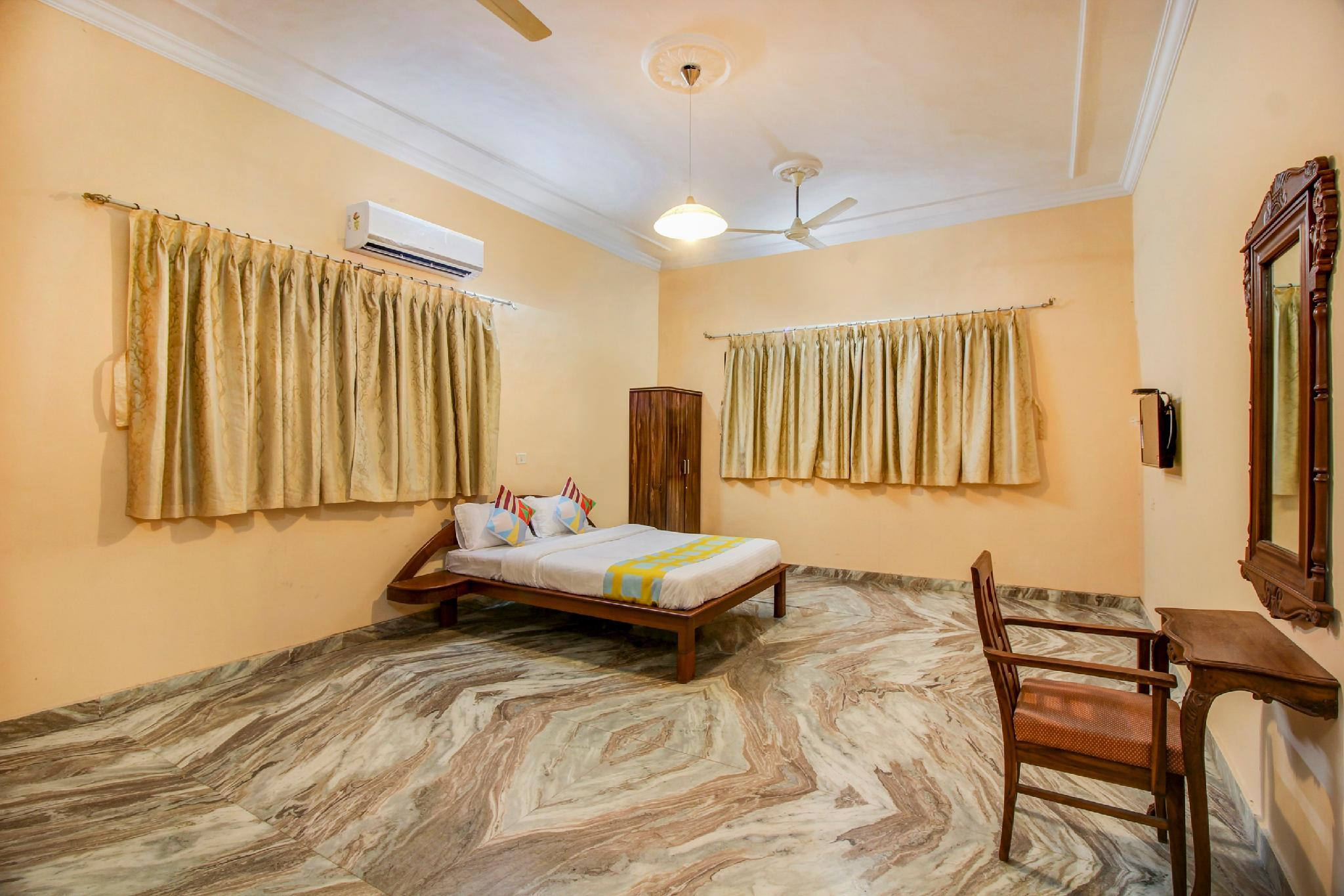 OYO 44947 Peaceful Stay In New Panvel