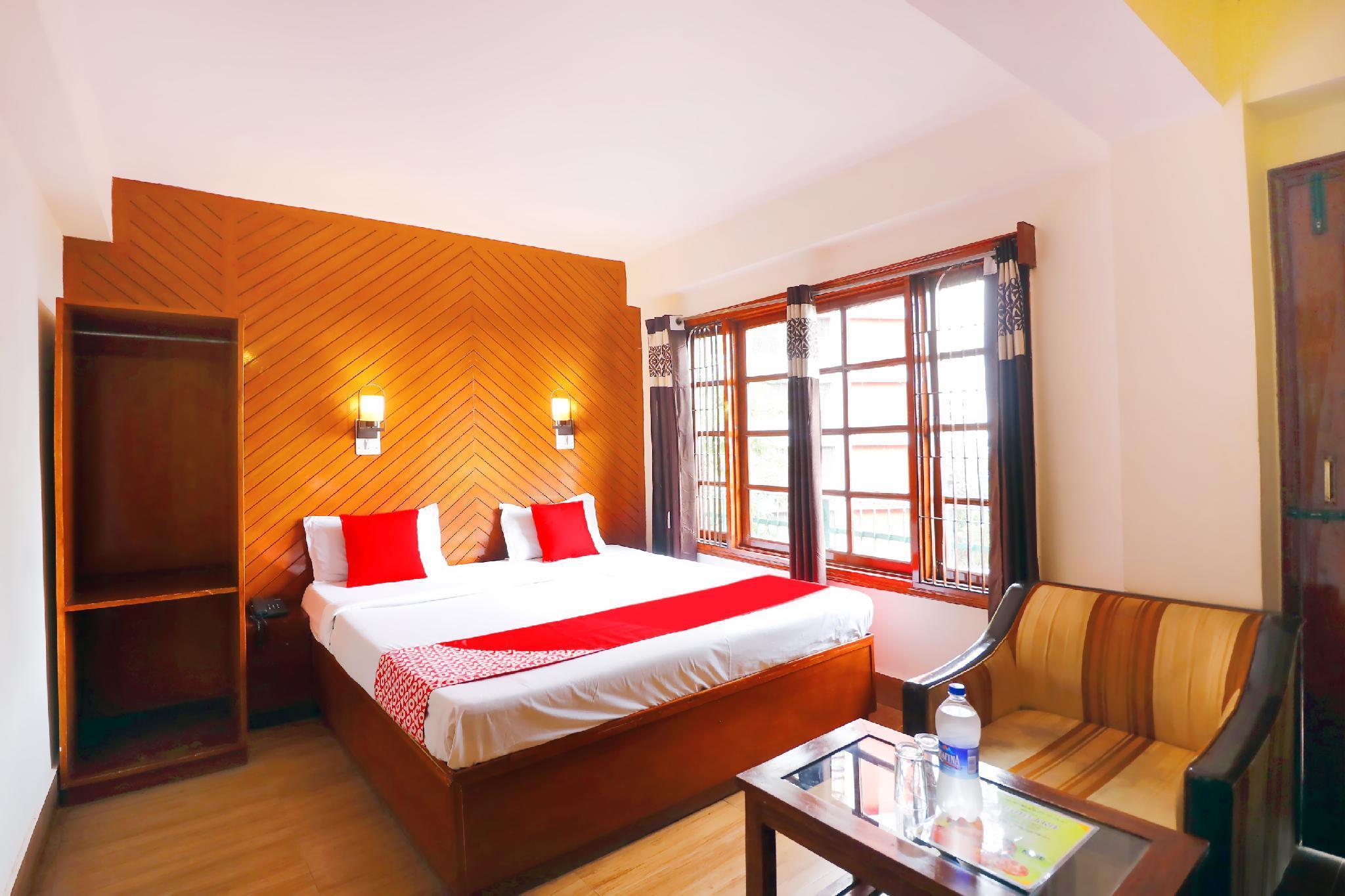 OYO 45337 Hotel Woodland