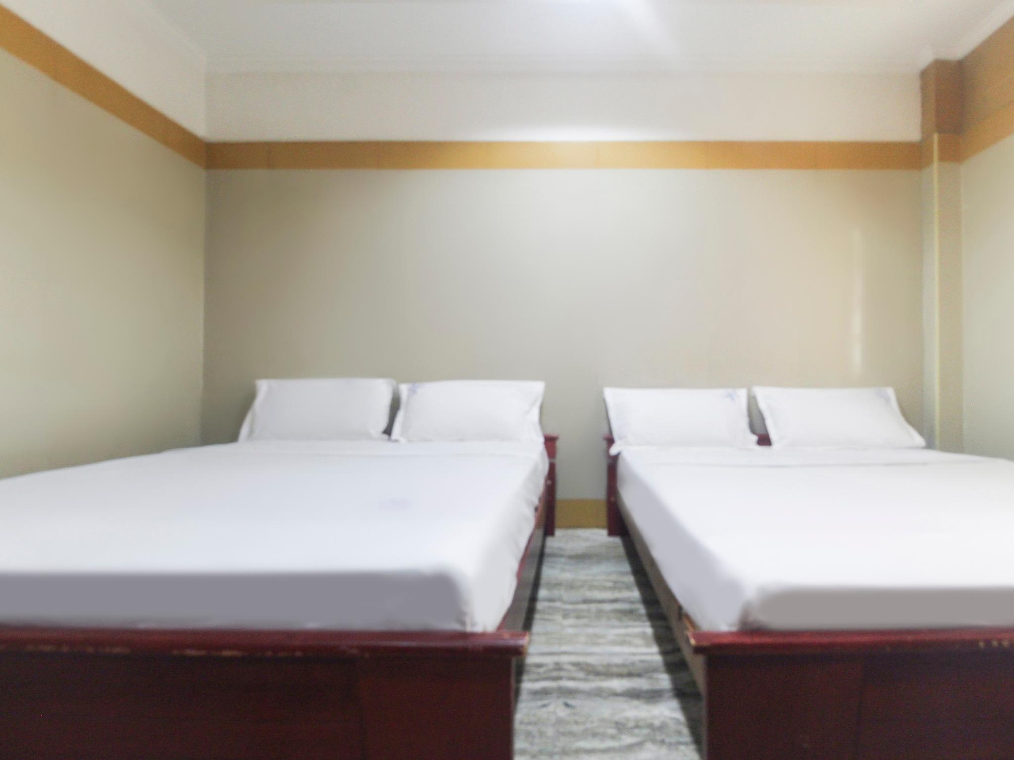 SPOT ON 61150 Hotel S President