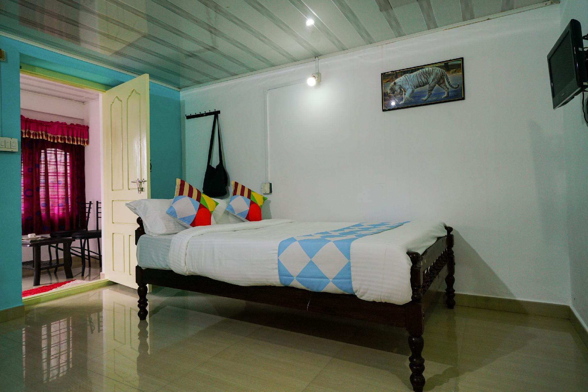 OYO 16681 Cozy Hideout In Munnar