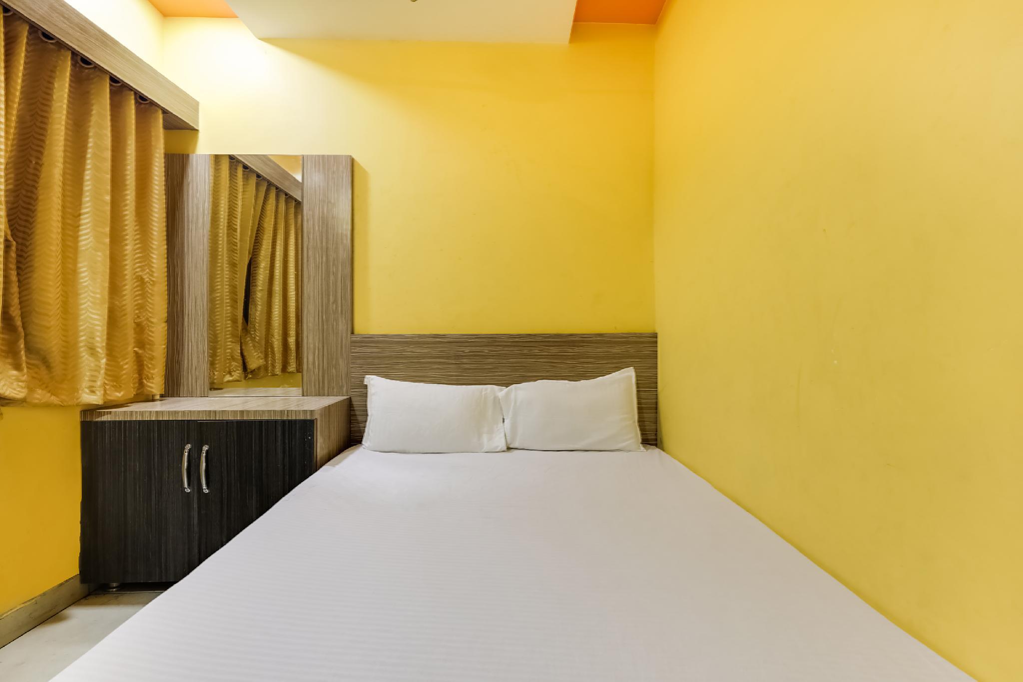 SPOT ON 60452 Hotel Sunshine Palace