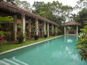 Seascape Holidays - 8 Surya Villa