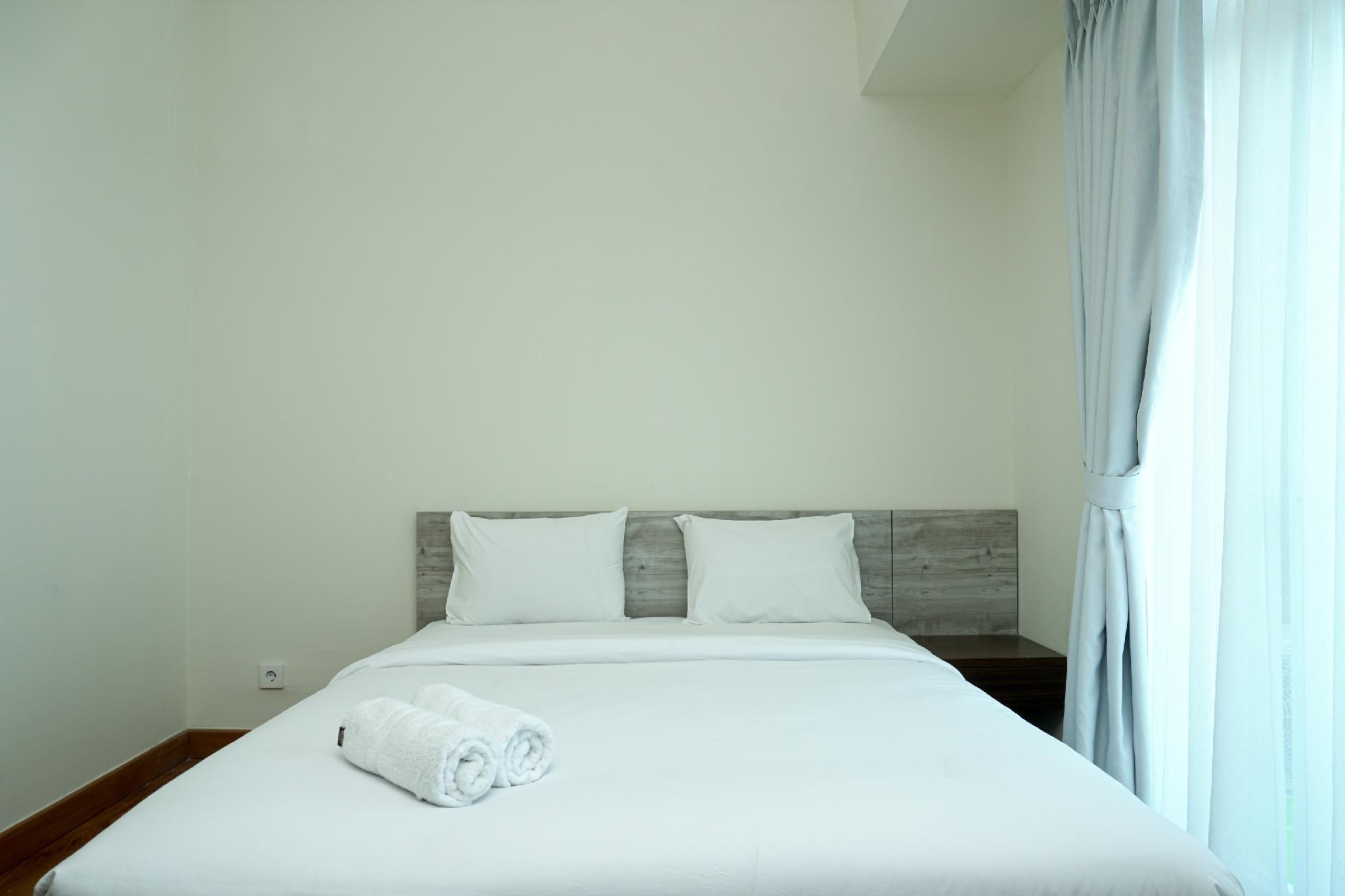 Modern Comfy Studio Puri Orchard Apt By Travelio