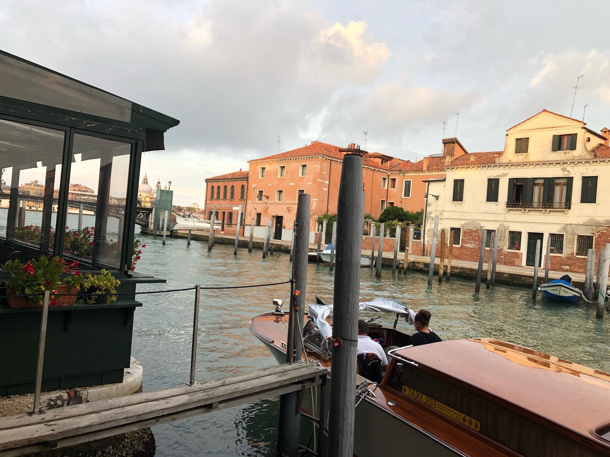 Ca� Delle Erbe Spettacolare Vista Sul Canale