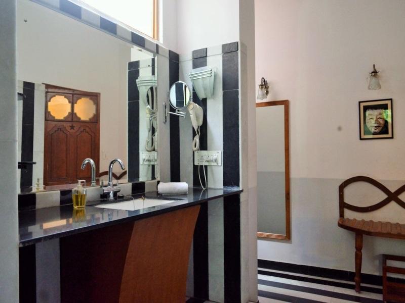 Review Hotel Inn Season