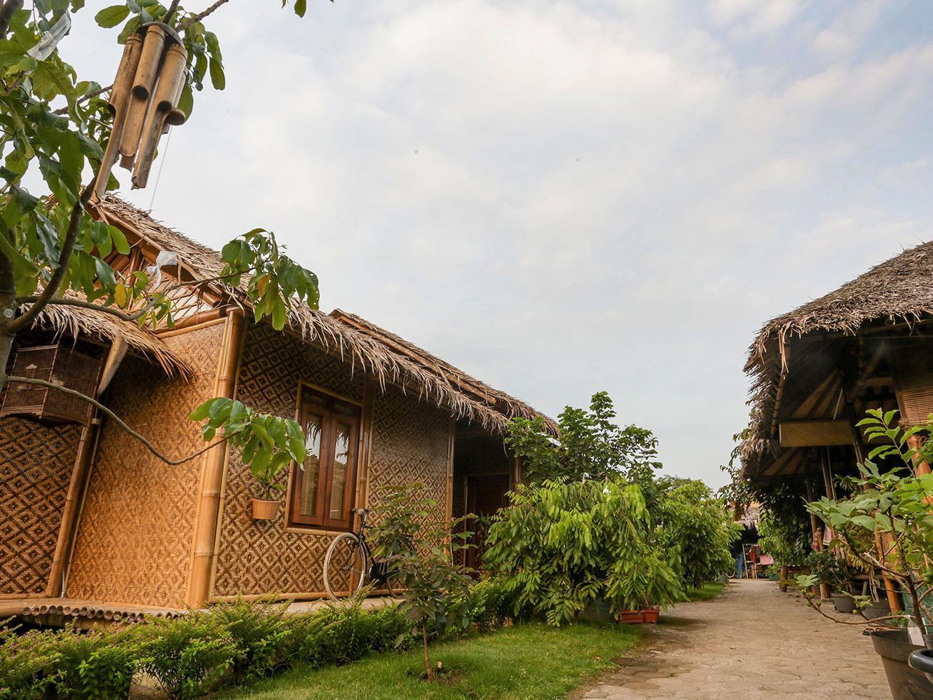 Omah Kecebong Guest House
