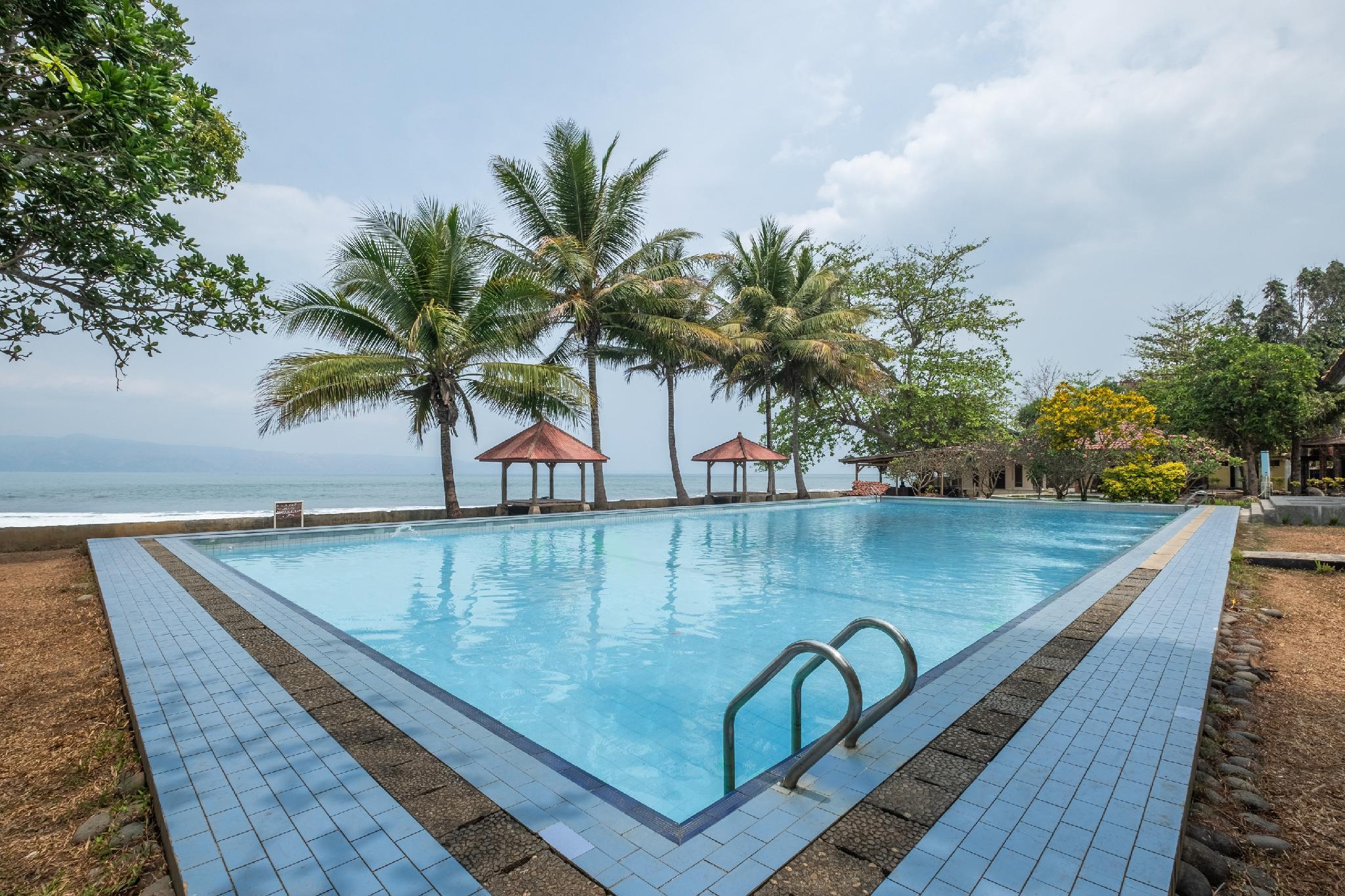 OYO 951 Cempaka Ratu Beach Resort