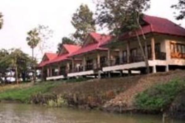 Uthai River Lake Resort Uthai Thani