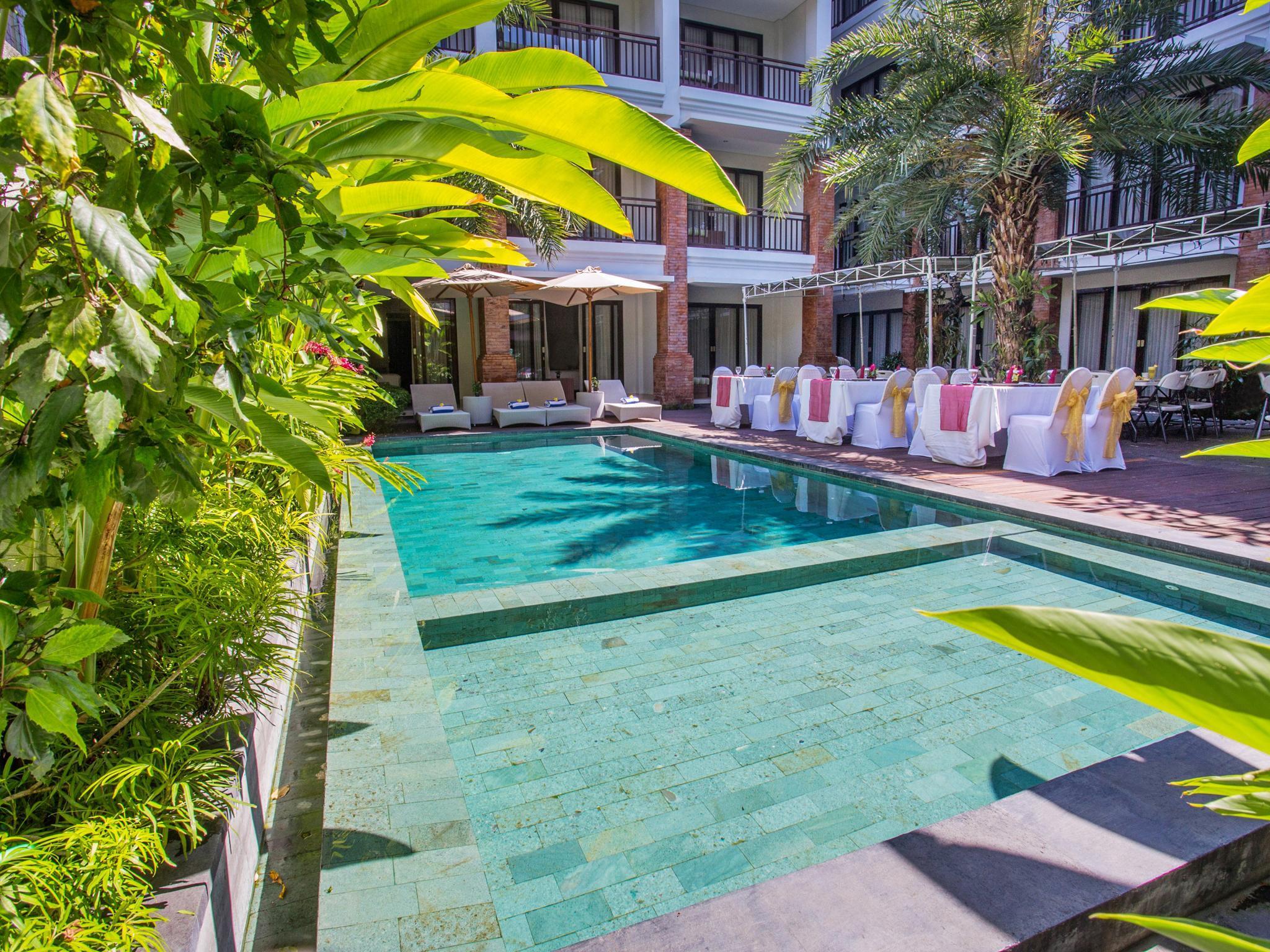 Capital O 1068 Grand Mirah Boutique Hotel