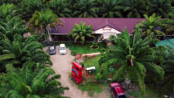 Hemingway Cottage Semporna