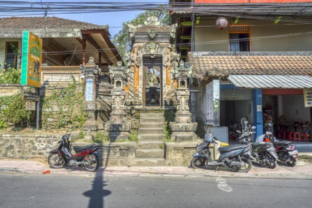 RedDoorz Hostel near Ubud Palace