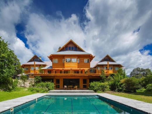 Isla Victoria Lodge All Inclusive Hotel