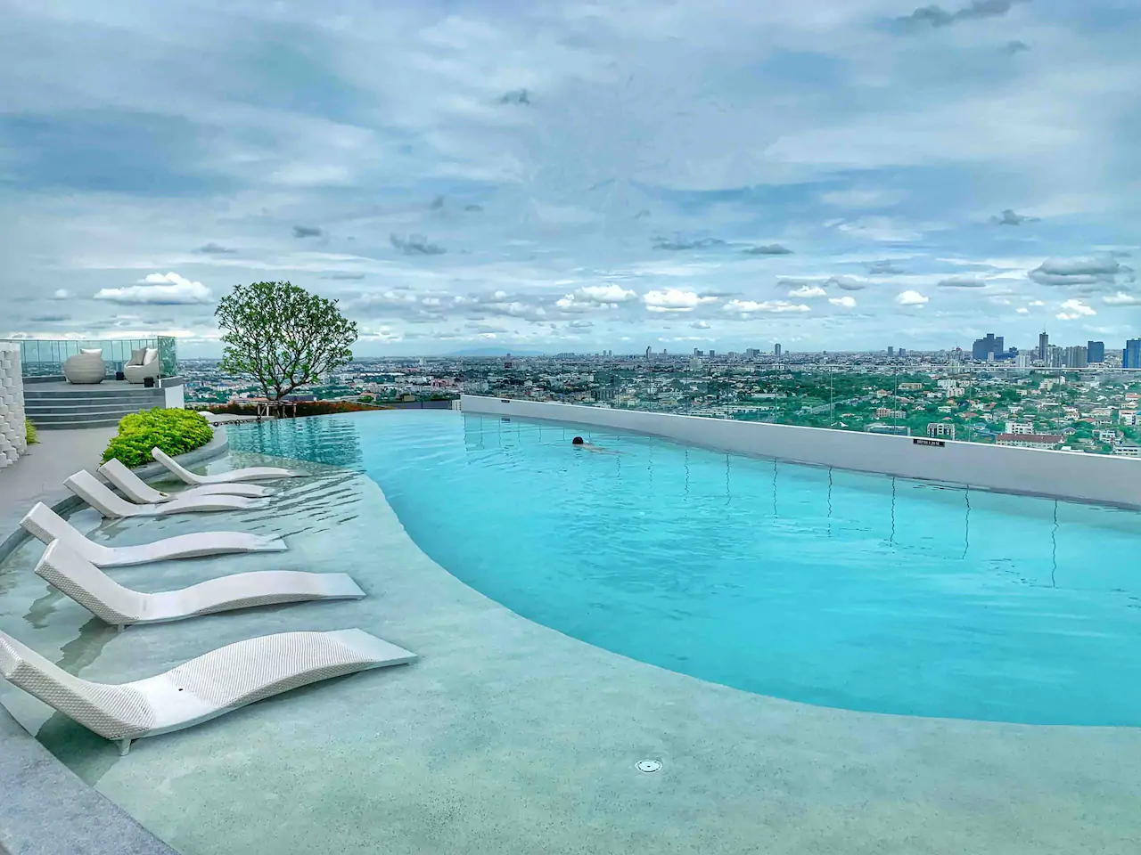 T1 Bangkok 33rd Floor Infinity Pool Stylish Condo