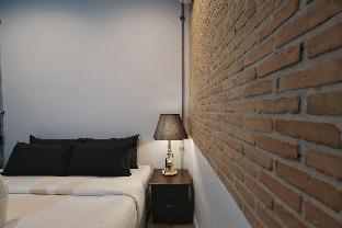 [ナイトバザール]アパートメント(20m2)| 1ベッドルーム/1バスルーム IRON32 20SQM Room with no Window near Night Bazaar