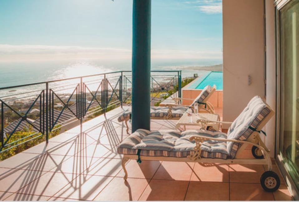 Queen Julie Lodge Best Sea View