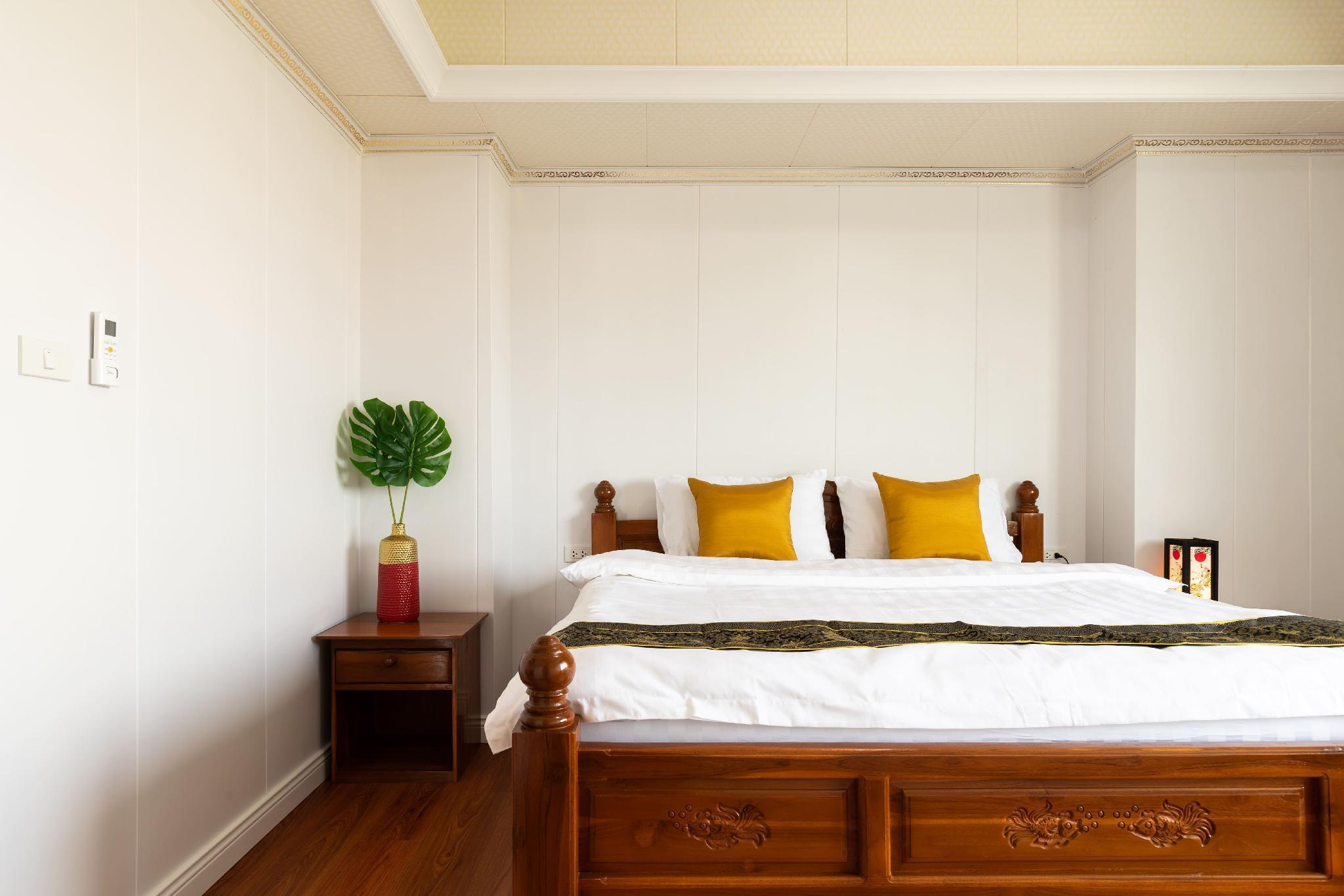 IT Double Bed Kingsize+1livingroom