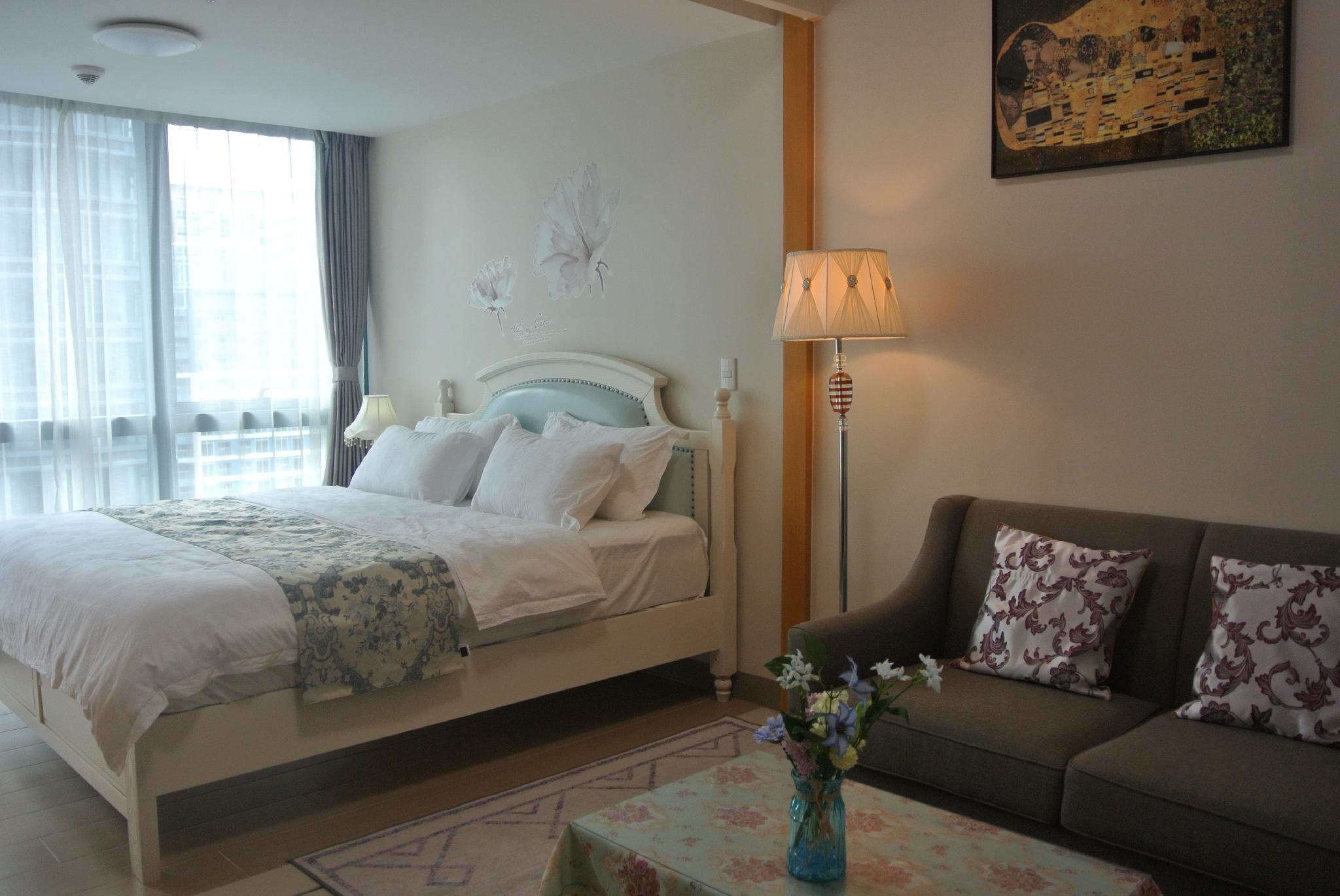 Honeymoon Business Queen Suite33C