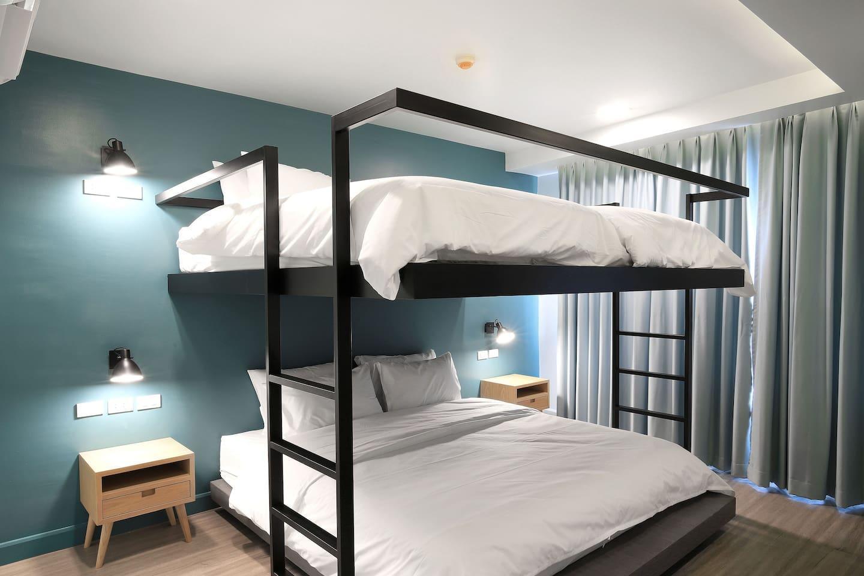 Simply Sleep Hostel   Simply Quad Room