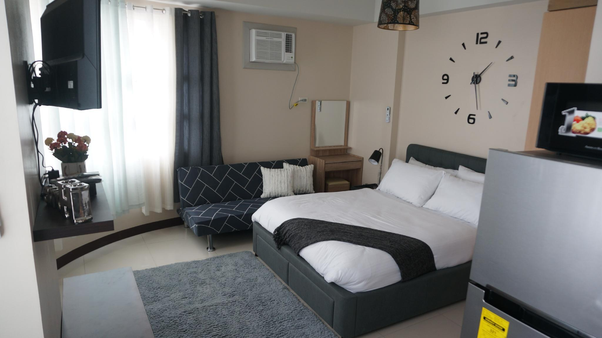 Staycation Place Across NAIA Terminal 3