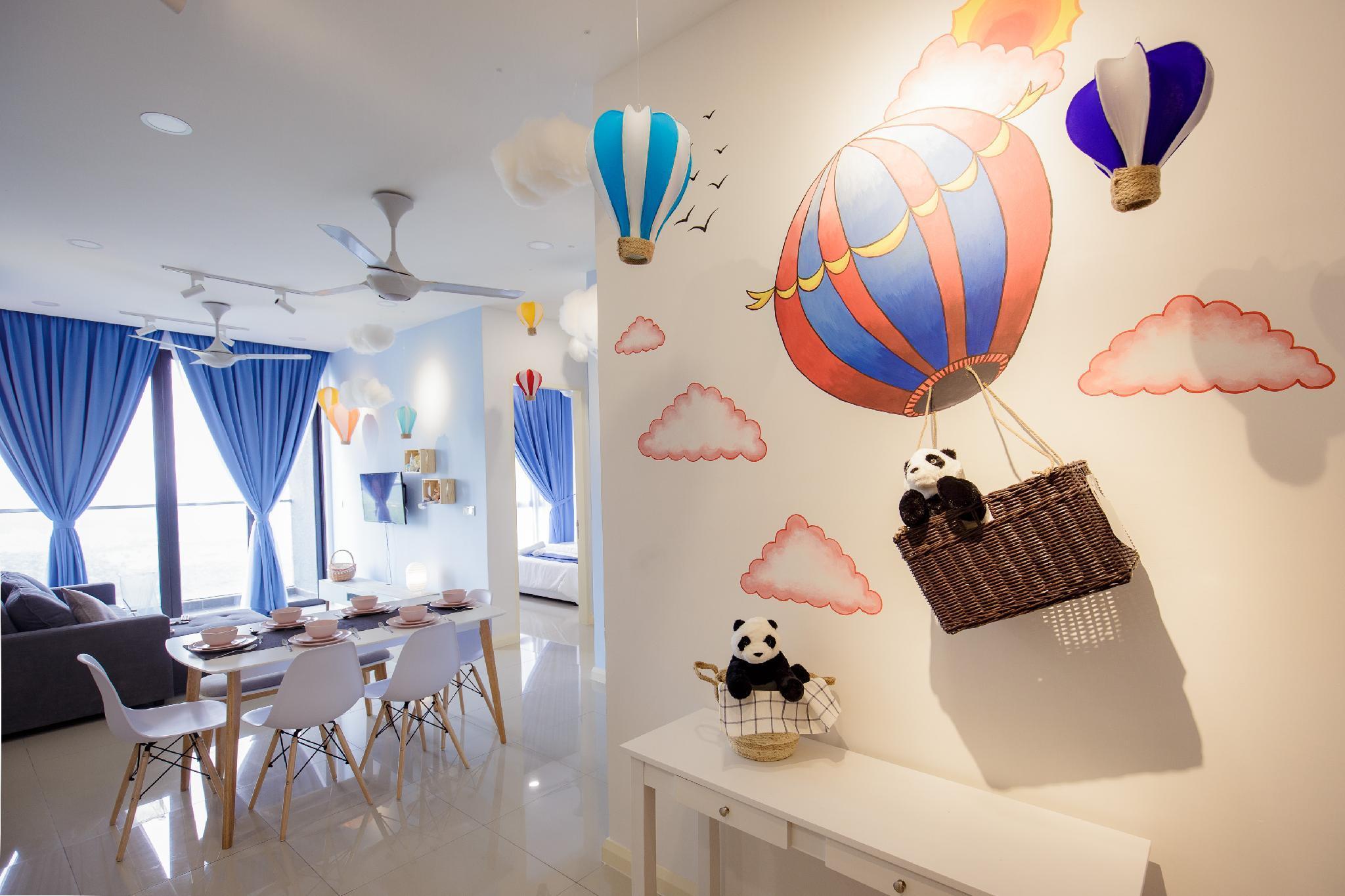 SUPER NEAR Legoland Hot Air Balloon @ D Pristine
