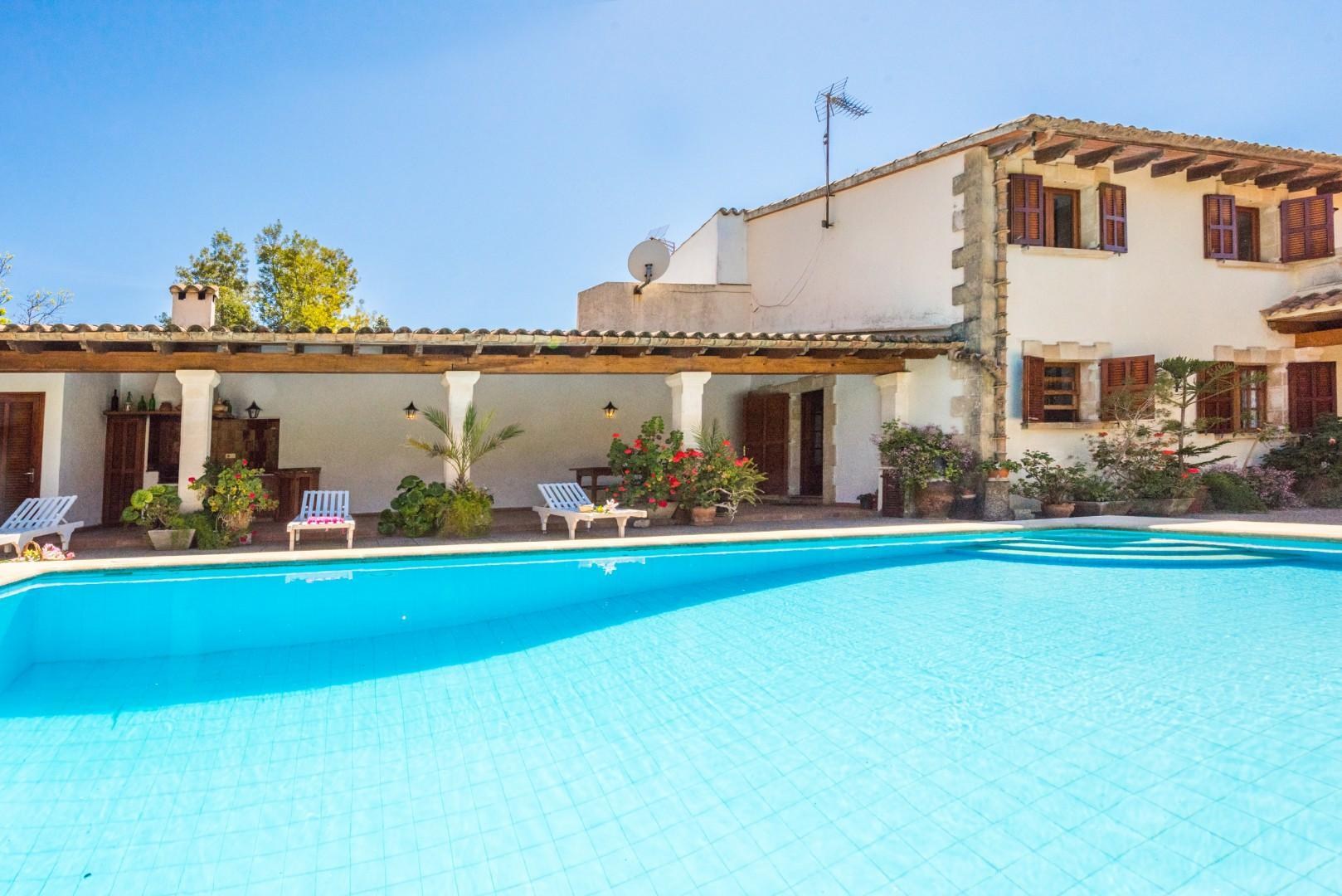LA FONT- country house with private pool
