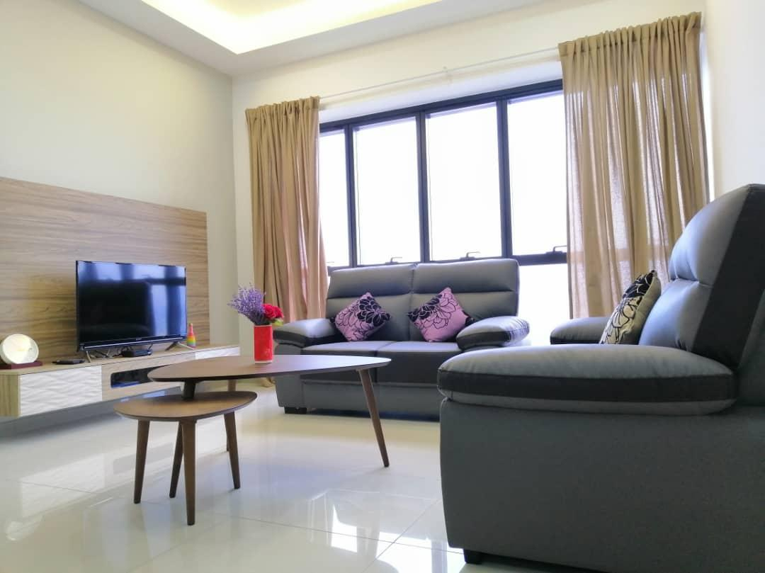 *NEW*4 To 5PAX COMFY CITY Near Sunway Pyramid And PJ