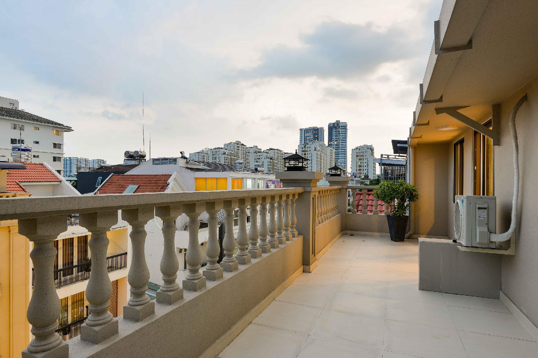 Balcony Apartment